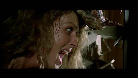 Halloween endurance test zombie 1979 for Mirror zombie girl