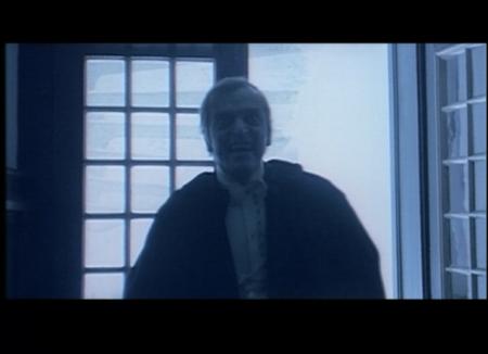 Dracula Contra Frankenstein - Introducing Dracula