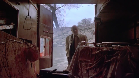 Halloween 4 - Return of Mike Myers - Loomis Finds the Ambulance