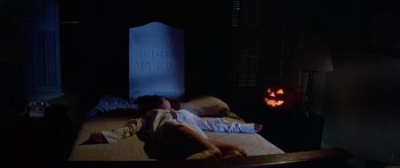 Halloween Annie Dies